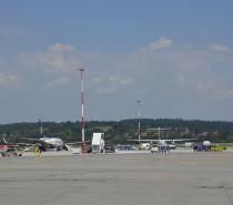 Nowa płyta postojowa krakowskiego lotniska