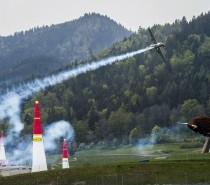 Niemiec po raz pierwszy wygrał w Mistrzostwach Świata Red Bull Air Race