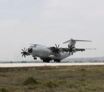 Samolot A400M Hiszpańskich Sił Powietrznych przybył na targi FAMEX 17