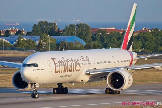 Emirates Boeing B777 IST