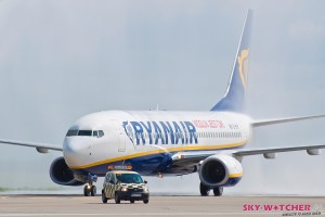 Modlin Ryanair otwarcie salwa wodna