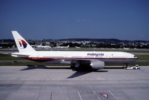 Malaysia_Airlines_Boeing_777-2H6ER,_9M-MRD@ZRH,06.07.2003_-_Flickr_-_Aero_Icarus