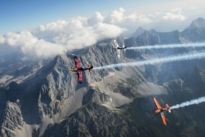Red Bull Air Race 2015_Spielberg_Dachstein_fot.Joerg Mitter_Red Bull Content Pool_00206